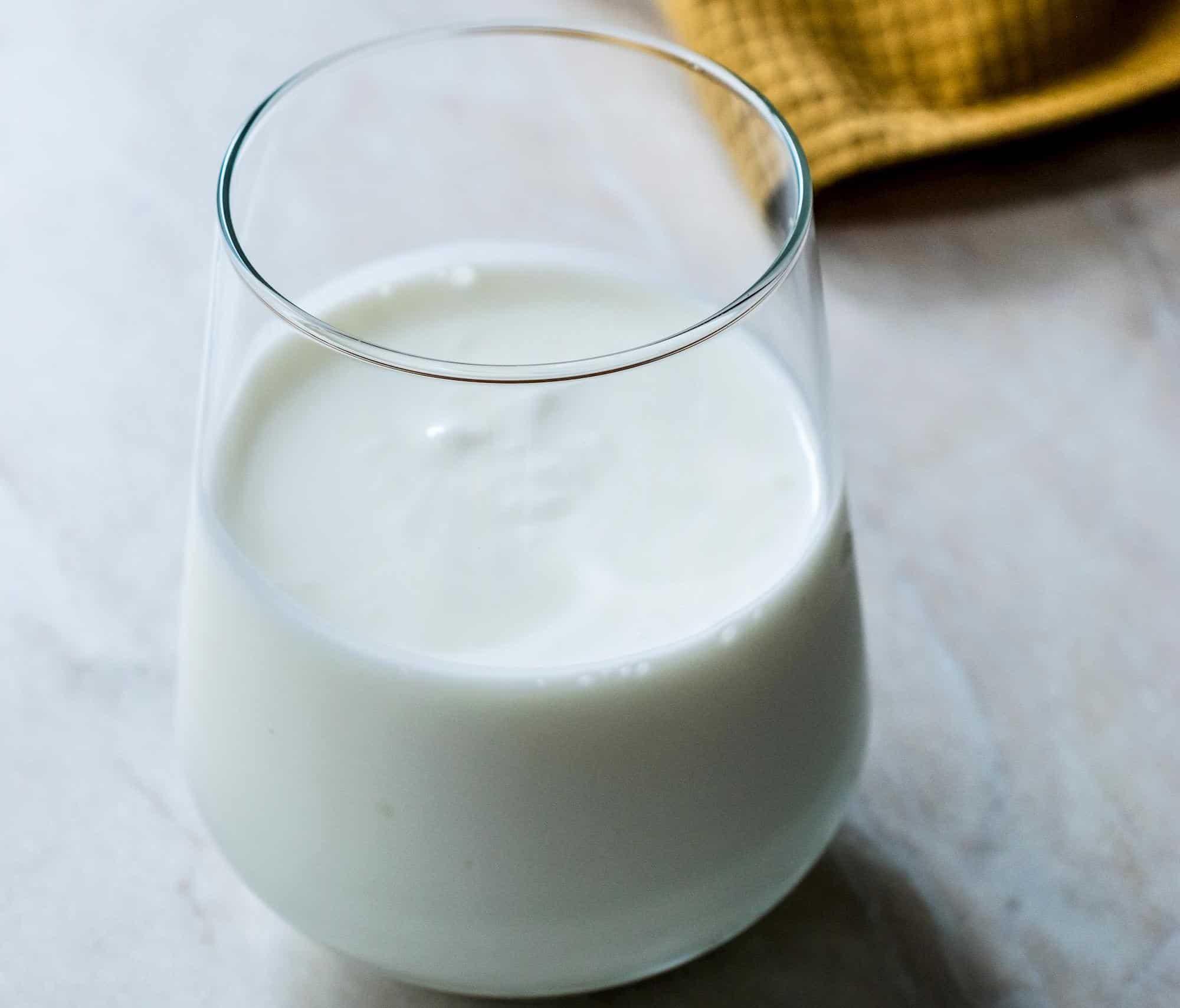 Probiotic yoghurt
