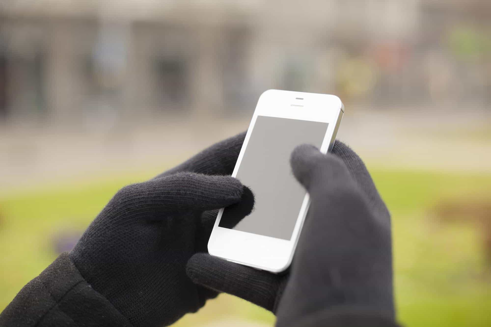 Gloves for phones